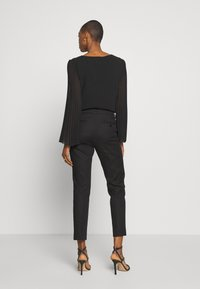 WEEKEND MaxMara - LEGENDA - Kalhoty - black - 2