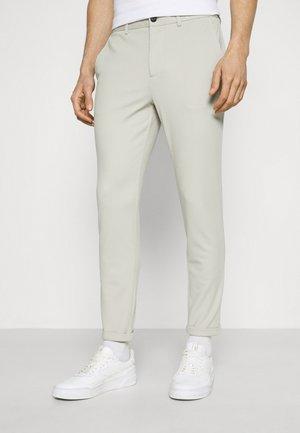 SUPERFLEX PANTS - Pantalon classique - stone