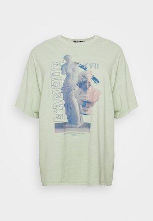 L'AMOUR STATUE - Print T-shirt - sage