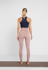 Free People - FP MOVEMENT SEAMLESS ROXY TANK - Toppi - navy - 2