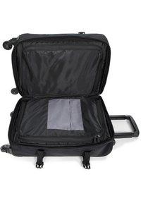 Eastpak - Wheeled suitcase - cnnct coat - 4