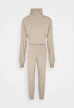 WATCH OUT SET - Tracksuit - beige