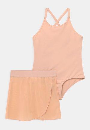 BALLET SET - Sportovní sukně - pink
