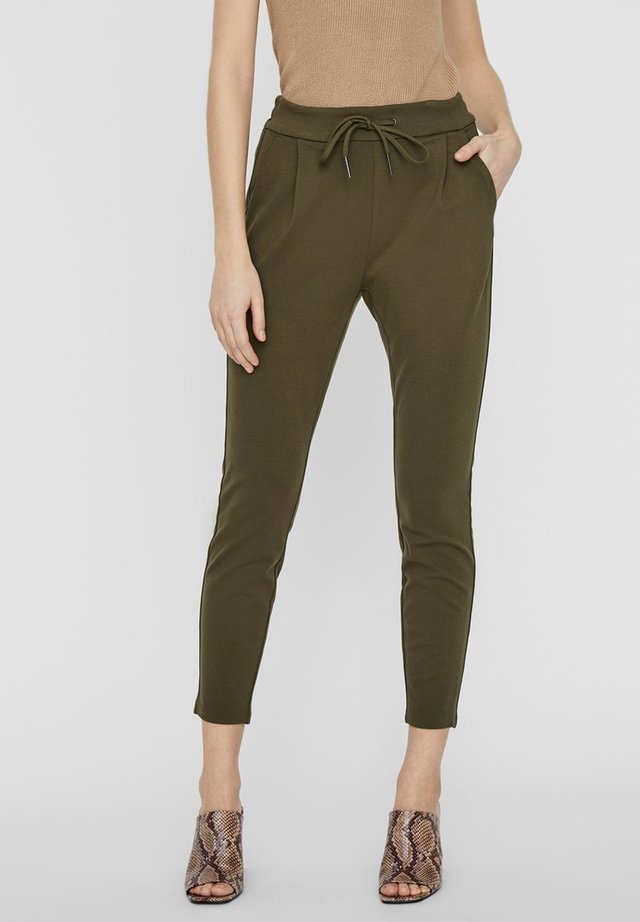 VMEVA MR - Trousers - ivy green
