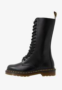 Dr. Martens - 1914 - Šněrovací vysoké boty - black smooth - 1
