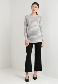 Boob - ONCE ON NEVER OFF CROPPED TROUSERS - Pantaloni - black - 1