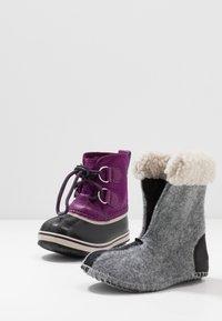 Sorel - YOOT PAC - Zimní obuv - wild iris/dark plum - 6