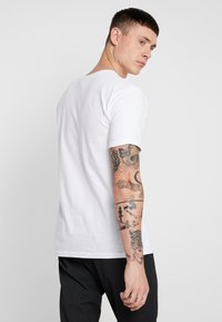 Obey Clothing - EYES - Print T-shirt - white - 2