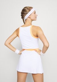 Ellesse - CHICHI - Sports dress - white - 2