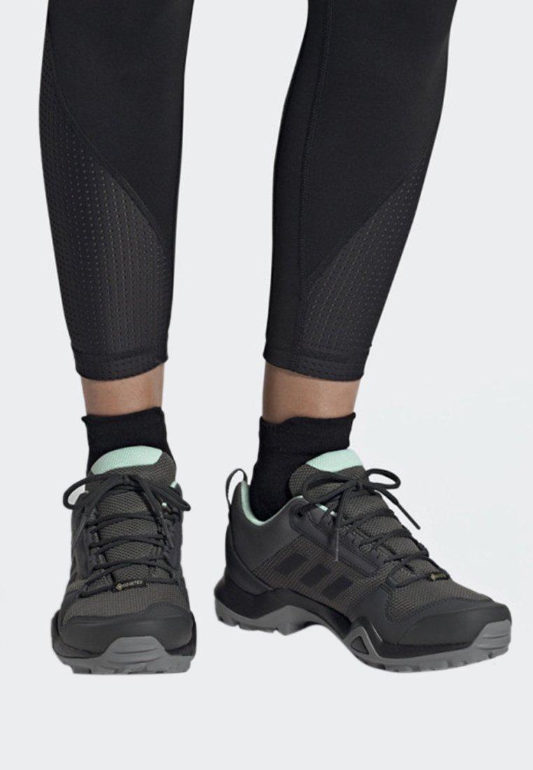 adidas Performance - TERREX AX3 GTX SHOES - Baskets basses - grey