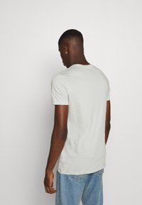 AllSaints - TONIC CREW - T-shirts basic - willow green - 2