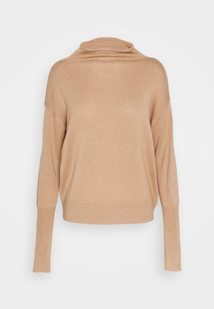 PAULY - Strickpullover - creamy camel