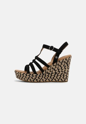 CRESSIDA - Sandály na klínu - black
