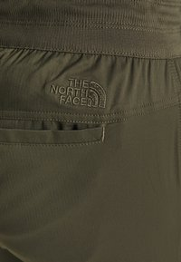 The North Face - WOMEN'S APHRODITE CAPRI - 3/4 sports trousers - new taupe green - 5