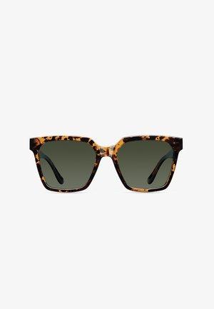 SHAIRA - Sunglasses - tigris olive