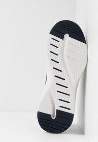 Skechers Sport - SOLAR FUSE - Sneakersy niskie - navy - 4