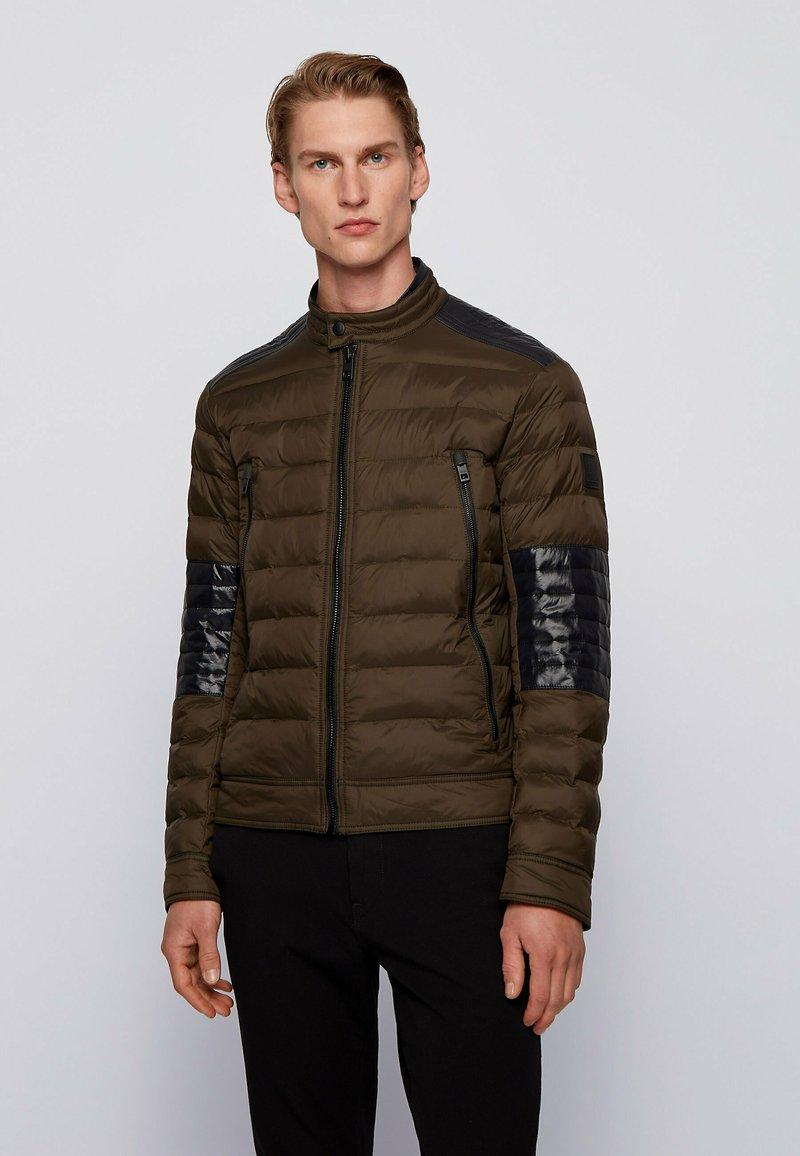 BOSS - OZNOOPO - Winter jacket - open green