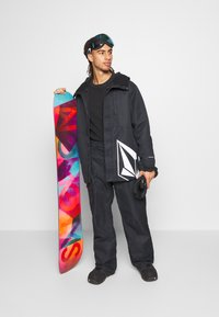 Volcom - HUNTER PANT - Snow pants - black - 1