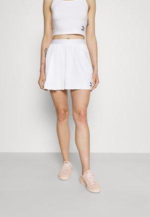 CLASSICS ASYMMETRIC SKIRT - Mini skirt - white
