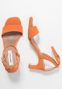 Matt & Nat - ELODIE - Sandals - orange - 3