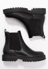 Even&Odd Wide Fit - WIDE FIT - Platform ankle boots - black - 3