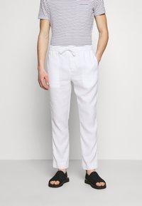Frescobol Carioca - Pantalon classique - white - 0