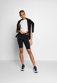 adidas Originals - ORIGINALS HIGH WAISTED TIGHTS - Shorts - black/white - 1