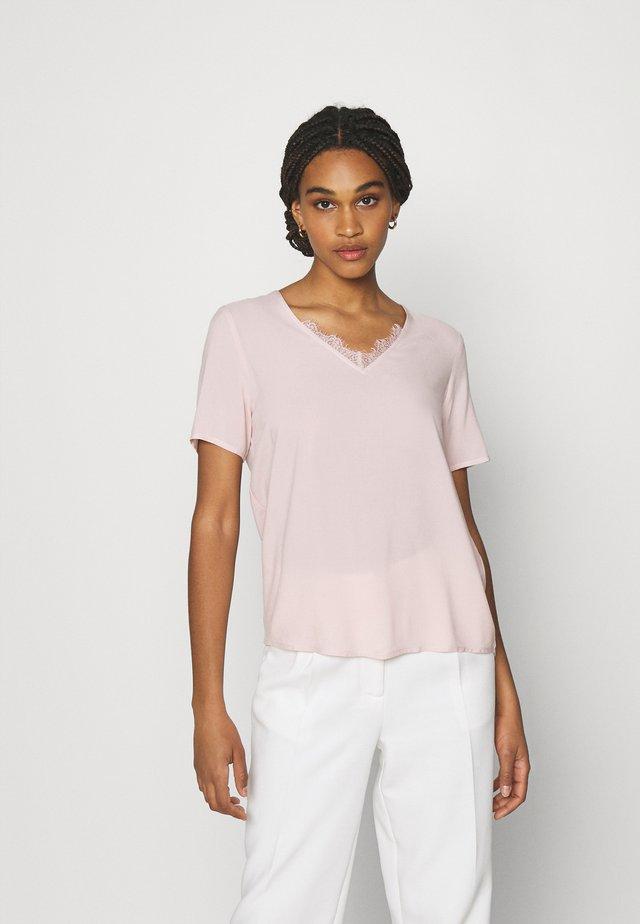 VMNADS - T-shirt z nadrukiem - sepia rose