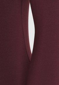 Selected Femme Petite - SFMIO HIGHNECK   - Maglietta a manica lunga - winetasting - 2