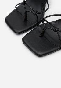 NA-KD - CHLOEB x NA-KD Square Front Sandal - Sandales à talons hauts - black - 5
