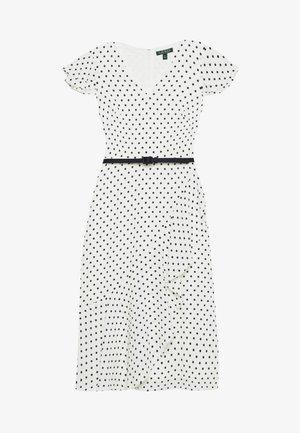 PRINTED DRESS BELT - Denní šaty - colonial cream