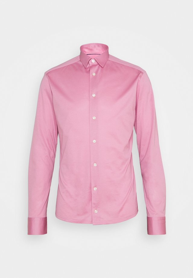SLIM SHIRT - Camicia - pink/red