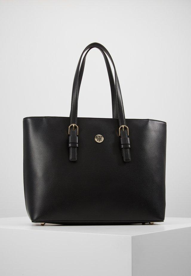 CLASSIC SAFFIANO TOTE - Handbag - black