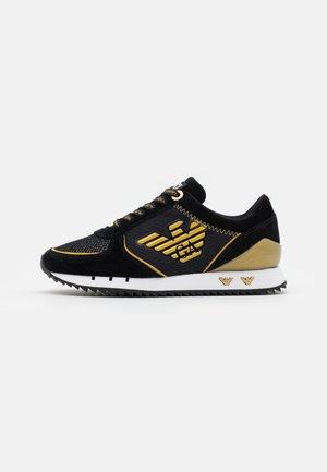 UNISEX - Sneakersy niskie - black/gold
