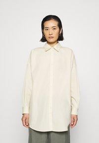 ARKET - SHIRT - Skjorta - beige dusty light - 0