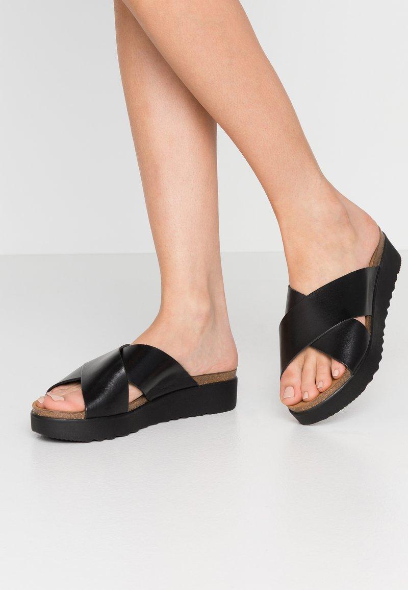 Grand Step Shoes - EMMA - Slip-ins - black