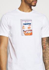 Champion Rochester - CREWNECK - Print T-shirt - white - 4
