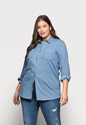 VMMILA LONG  - Button-down blouse - light blue