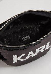 KARL LAGERFELD - SEQUIN BUMBAG - Bum bag - black - 4