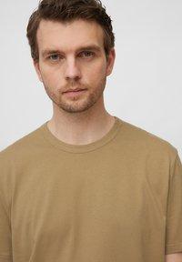 Marc O'Polo - Basic T-shirt - chestnut chocolate - 4