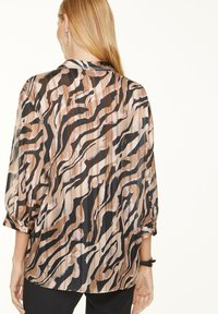 comma - Blouse - black zebra lines - 2