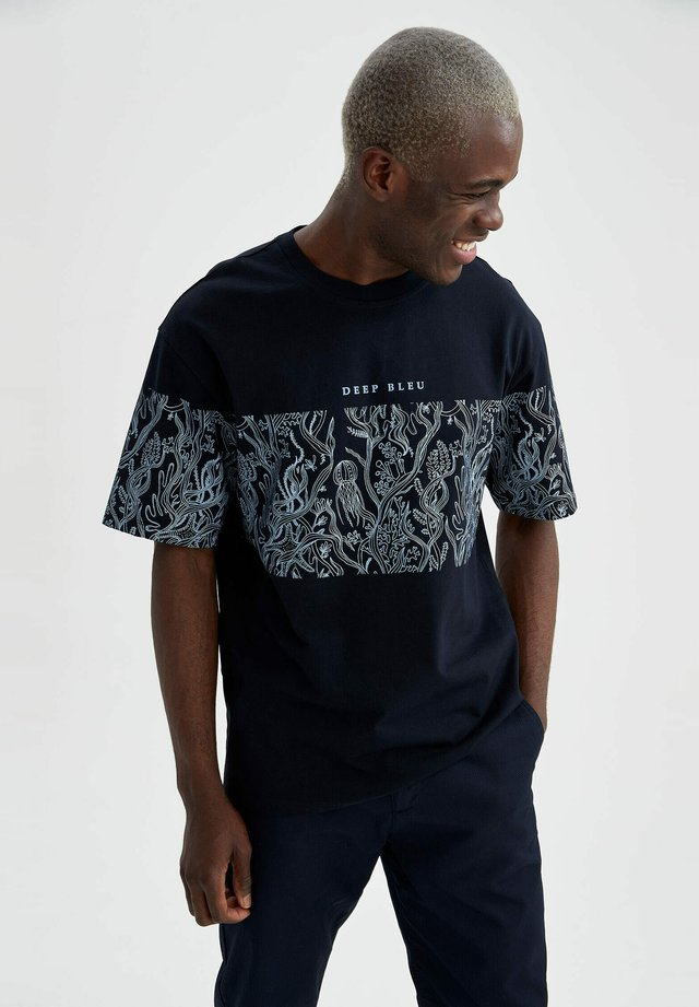 T-shirt con stampa - navy