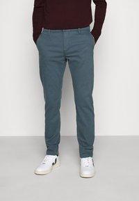 Levi's® - STD II - Spodnie materiałowe - greys - 0