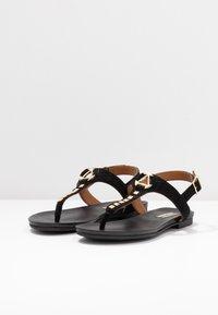 Copenhagen Shoes - JENNA - Sandalias de dedo - black - 4