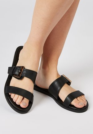 BLACK FOREVER COMFORT® BUCKLE MULES - Pantolette flach - black