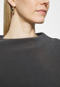 Opus - GABBI - Long sleeved top - black - 6