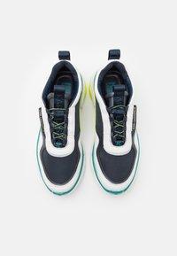 KARL LAGERFELD - VENTURE LAZARUS LOOP MIX - Sneakersy niskie - white/navy - 3