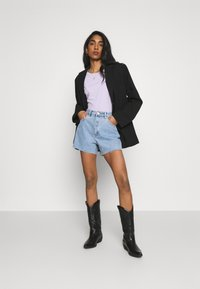 Abrand Jeans - A VENICE - Jeansshort - esmeralda - 1