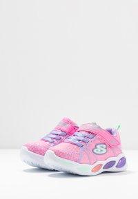 Skechers - SHIMMER BEAMS - Tenisky - pink sparkle/multicolor - 2