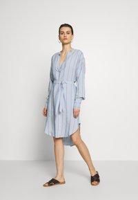Six Ames - IBENA - Denní šaty - blue summer - 1